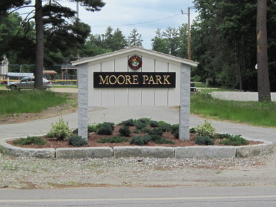 Moore Park Sign - Welcome